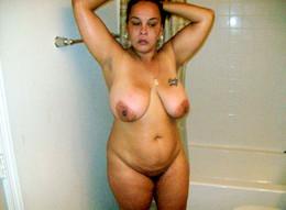 Huge ebony ass and big boobs..