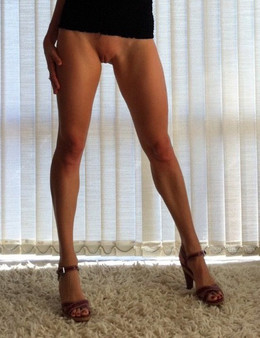 Leggy MILFs showing their legs and..