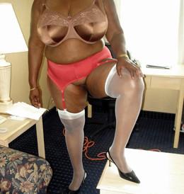 Black wife jerk BBC, amateur homemade..