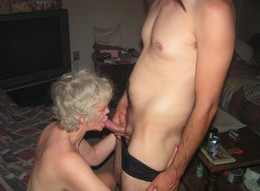 These mature women is pro in cock..
