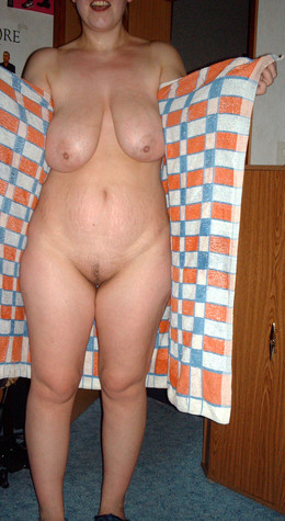 Amateur homemade pictures and voyeur..