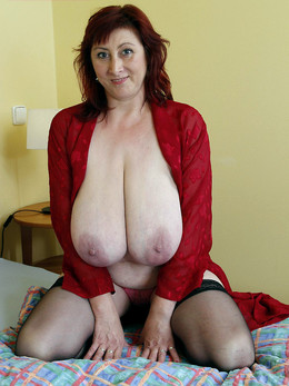 Italian women with big dangling boobs,..