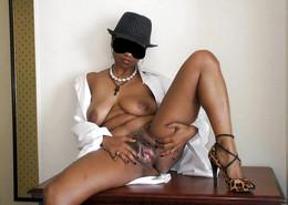 Busty ebony wife makes homemade erotic..