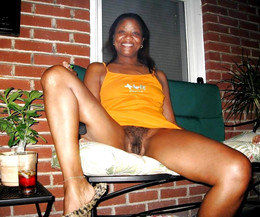 Hairy black pussy closeup amateur..