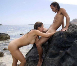 Pairs which fuck on the beach full of..