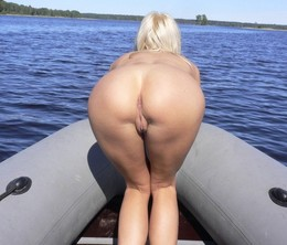 Charming naked mature women with great..