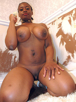 Amateur big tits ebony girls naked