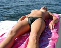 Real amateur bikini camel toes...