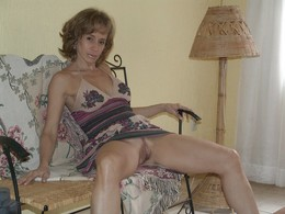 Horny mature girlfriends show their..