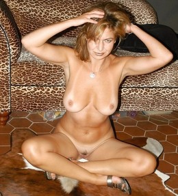 Another hot USA mature whores