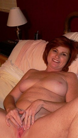 Dirty and naked Irish moms want to..