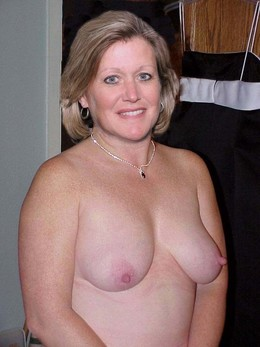 Another UK mature wives naked