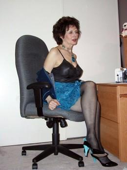 Yesterday i fucked this mature slut,..