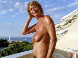 Busty and horny mature ladies fully..