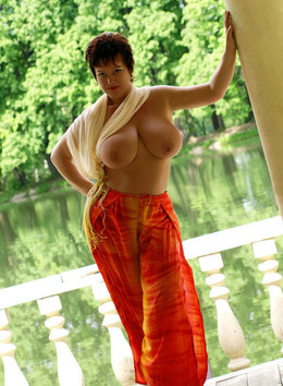 Very beautiful mature woman with..