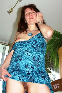 My mature teacher photographed naked